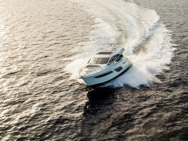 2020 Sea Ray boat for sale, model of the boat is L550 & Image # 46 of 48