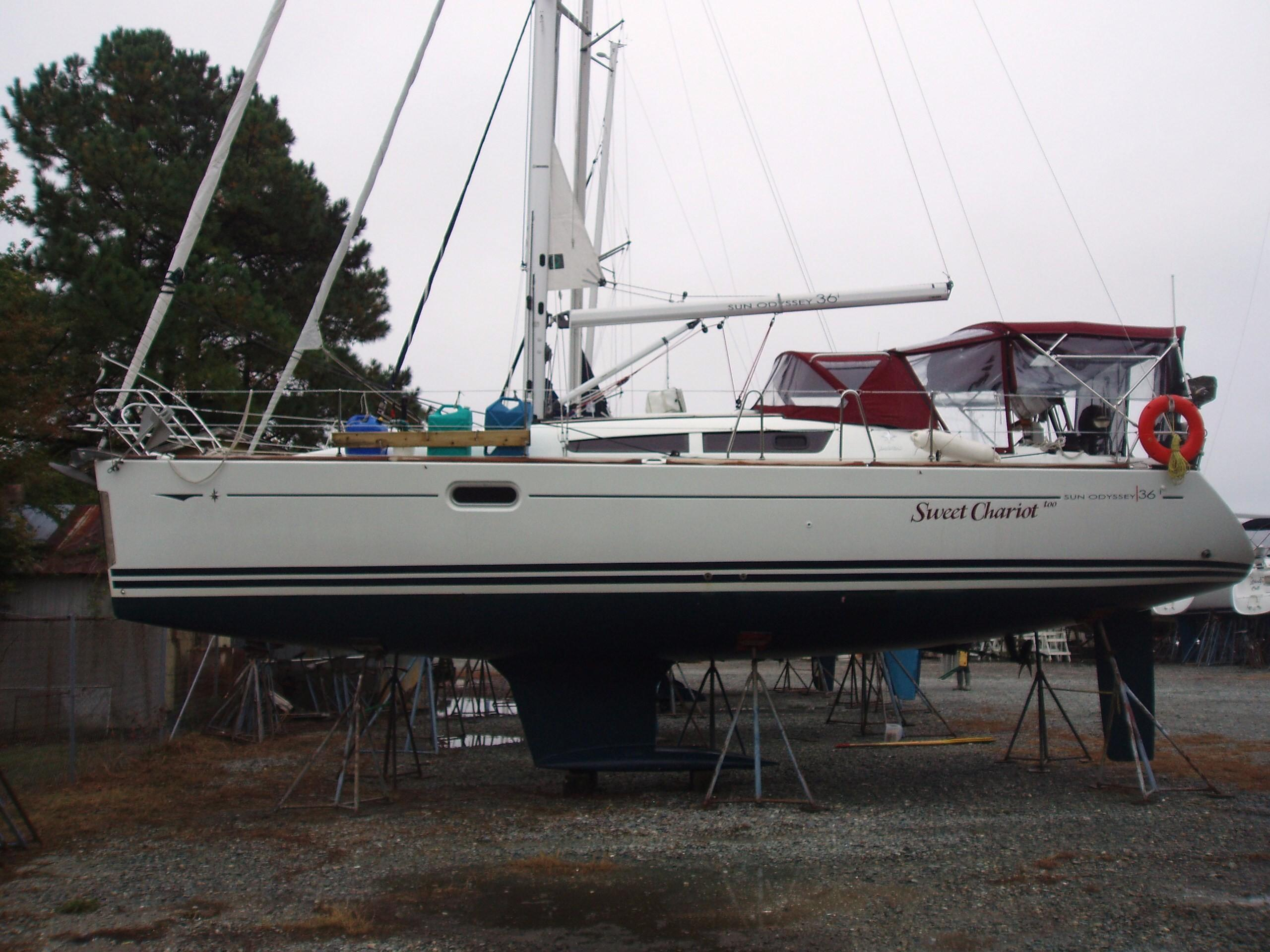 2009 Jeanneau Sun Odyssey 36i | Sailboats for Sale