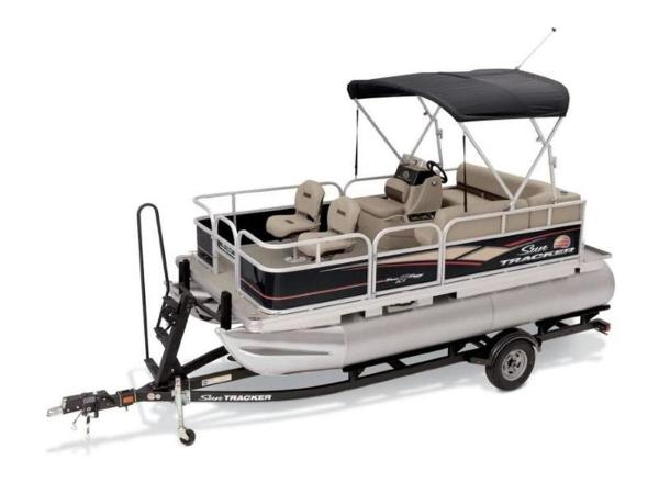 2020 Sun Tracker boat for sale, model of the boat is BASS BUGGY® 16 DLX ET & Image # 7 of 33