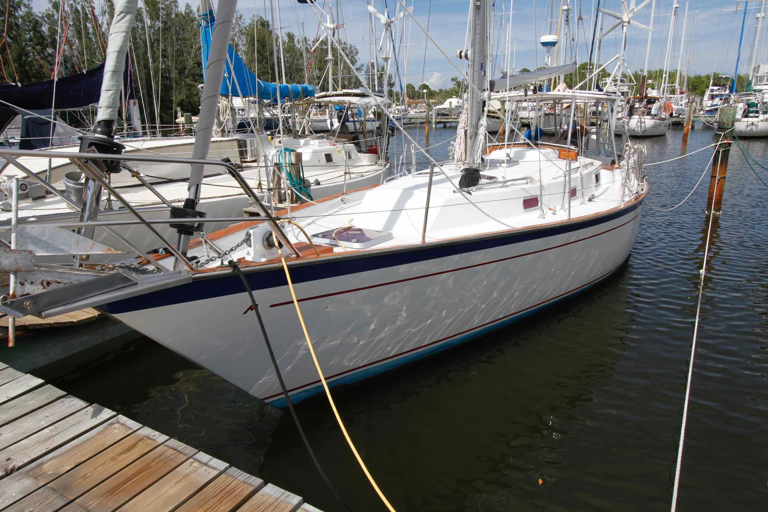 38' Morgan 1984 384 Sloop