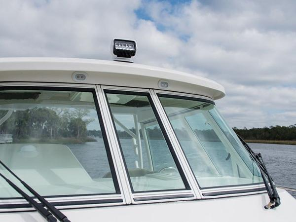 2020 Sailfish boat for sale, model of the boat is 320 EXP & Image # 6 of 37