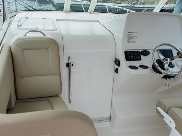 2020 Sailfish boat for sale, model of the boat is 320 EXP & Image # 15 of 37