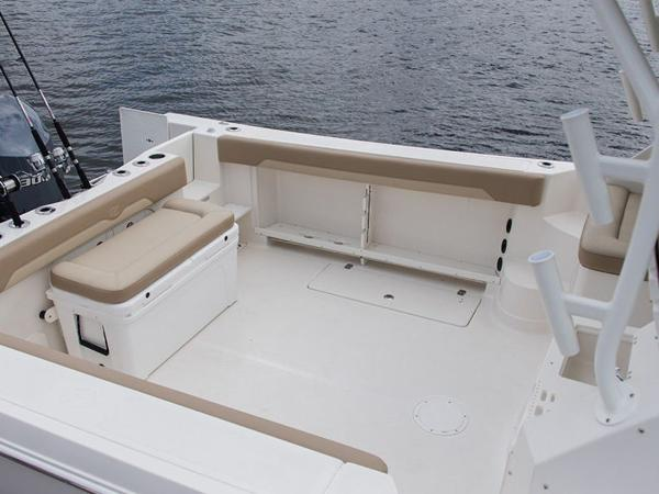 2020 Sailfish boat for sale, model of the boat is 320 EXP & Image # 19 of 37