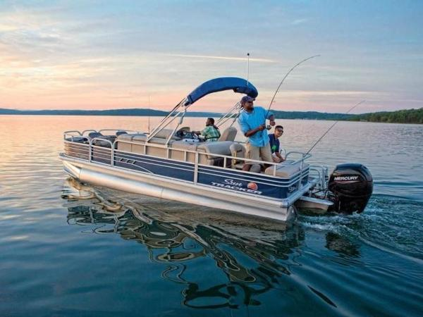 2020 Sun Tracker boat for sale, model of the boat is FISHIN' BARGE® 22 DLX & Image # 1 of 65