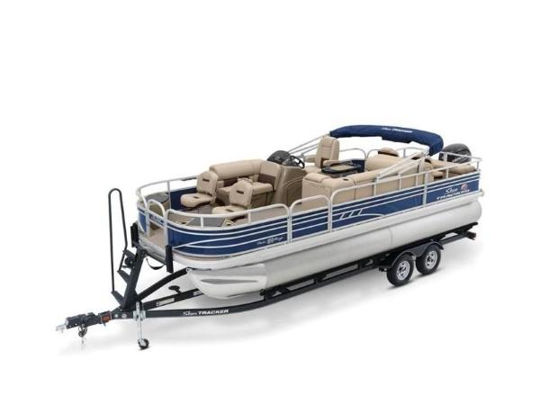 2020 Sun Tracker boat for sale, model of the boat is FISHIN' BARGE® 22 DLX & Image # 14 of 65