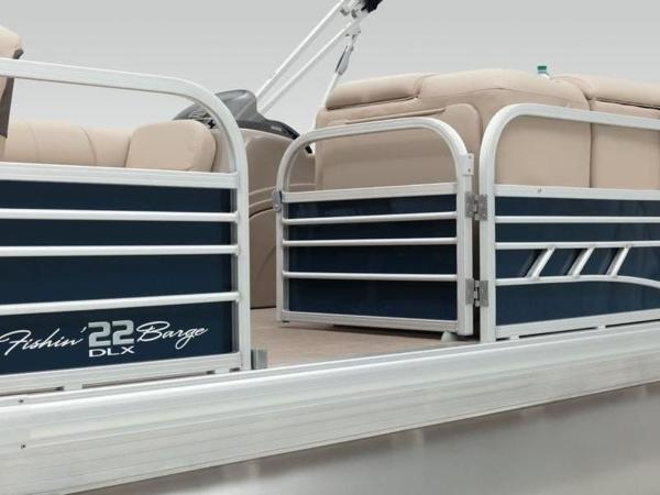 2020 Sun Tracker boat for sale, model of the boat is FISHIN' BARGE® 22 DLX & Image # 27 of 65