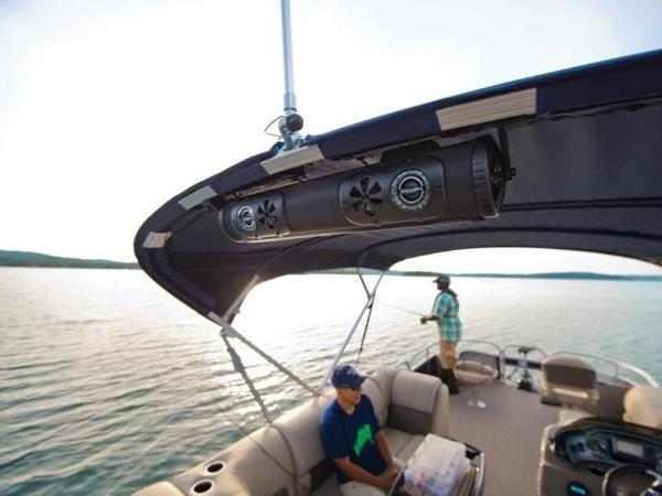 2020 Sun Tracker boat for sale, model of the boat is FISHIN' BARGE® 22 DLX & Image # 30 of 65