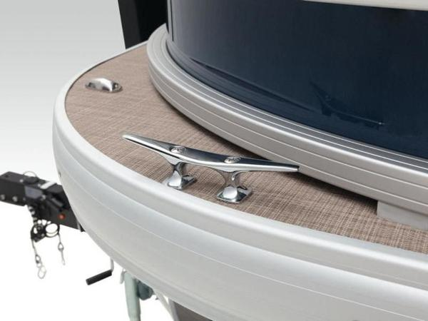2020 Sun Tracker boat for sale, model of the boat is FISHIN' BARGE® 22 DLX & Image # 32 of 65