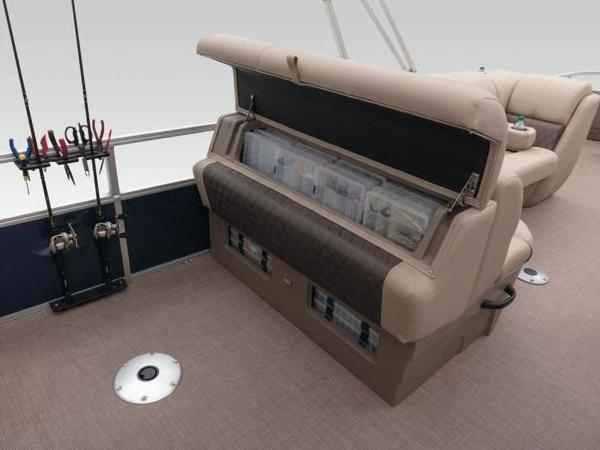 2020 Sun Tracker boat for sale, model of the boat is FISHIN' BARGE® 22 DLX & Image # 39 of 65