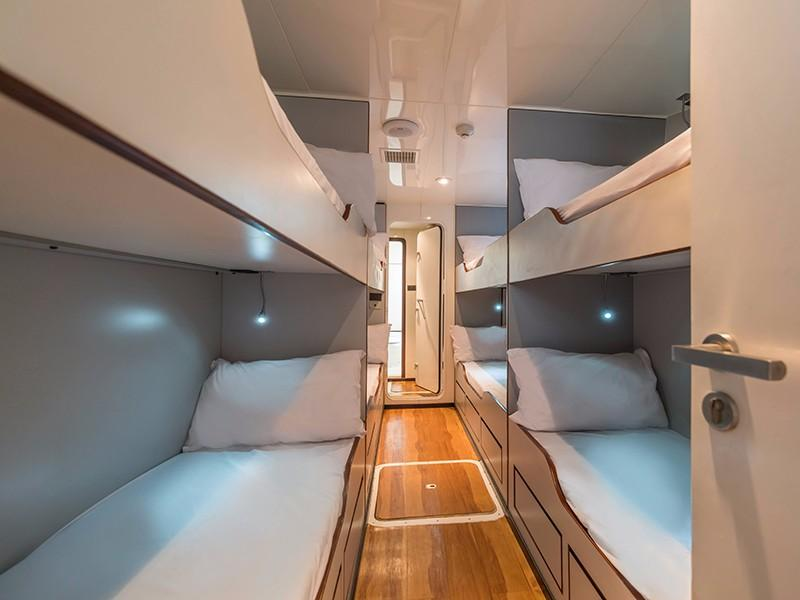 Incat Crowther Power Catamaran - Guest cabin