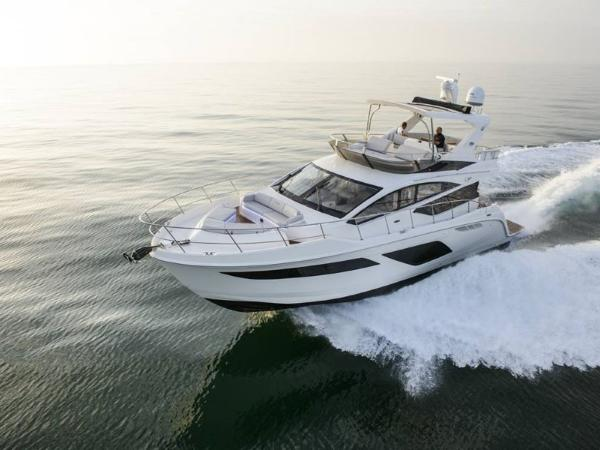 2020 Sea Ray boat for sale, model of the boat is L550 Fly & Image # 15 of 46