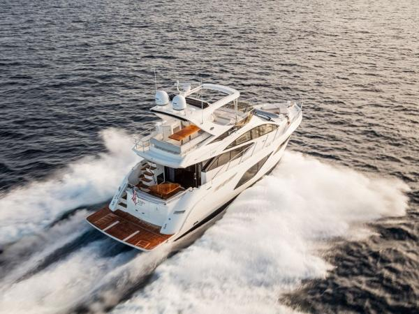 2020 Sea Ray boat for sale, model of the boat is L550 Fly & Image # 18 of 46