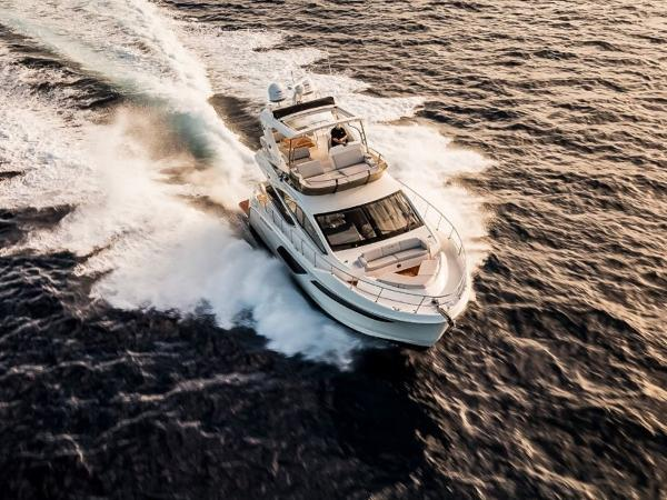 2020 Sea Ray boat for sale, model of the boat is L550 Fly & Image # 22 of 46