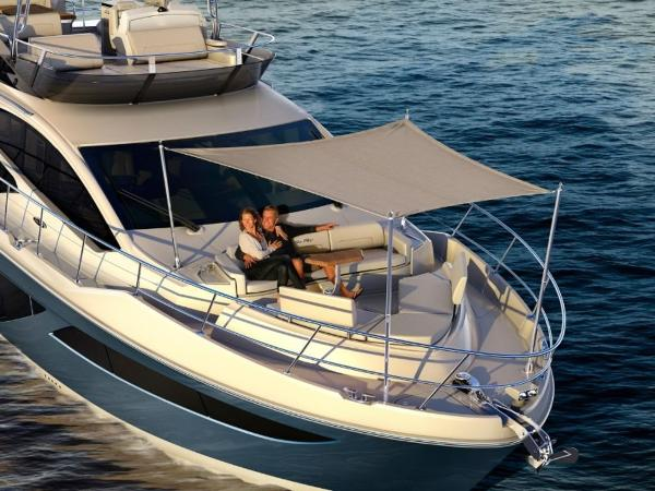 2020 Sea Ray boat for sale, model of the boat is L550 Fly & Image # 27 of 46