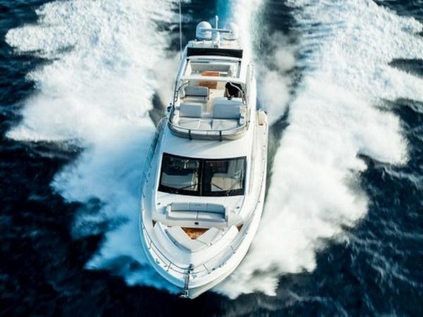 2020 Sea Ray boat for sale, model of the boat is L550 Fly & Image # 29 of 46