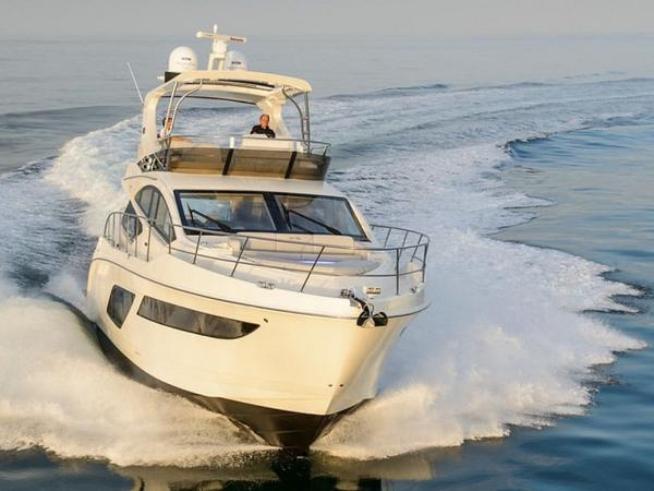 2020 Sea Ray boat for sale, model of the boat is L550 Fly & Image # 31 of 46
