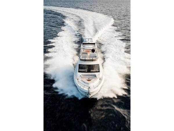 2020 Sea Ray boat for sale, model of the boat is L550 Fly & Image # 33 of 46