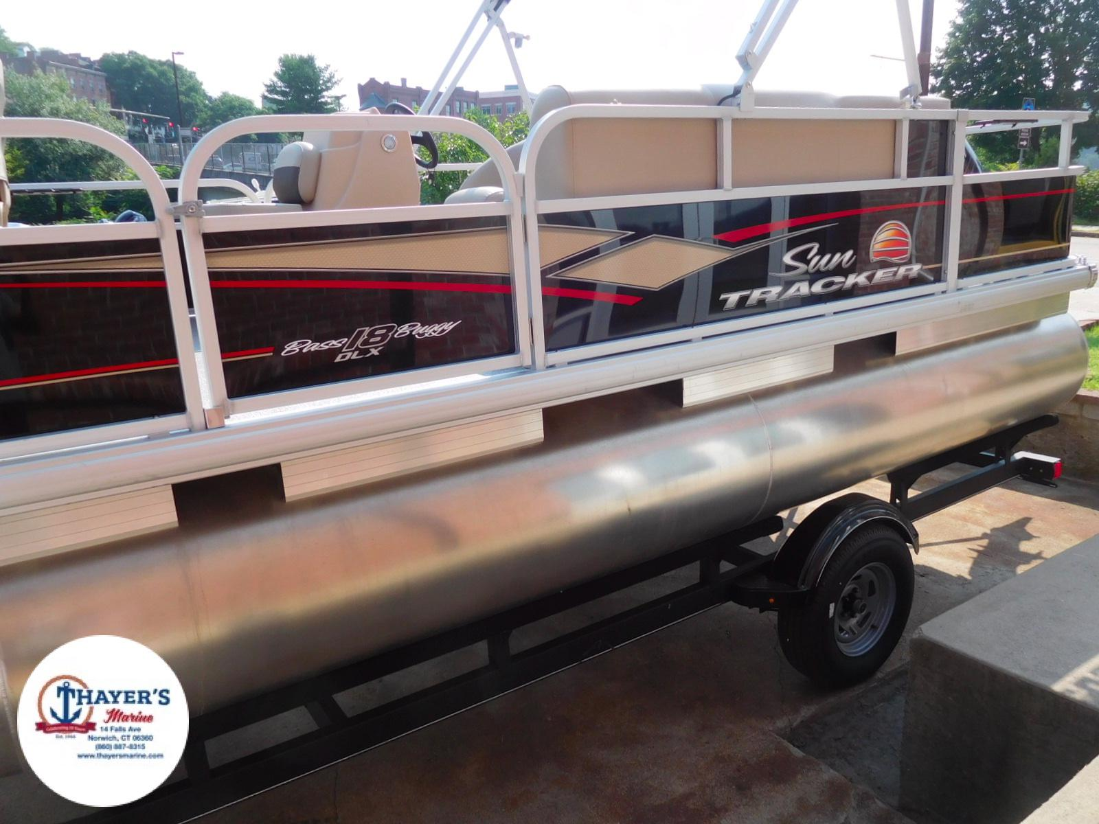 2018 Sun Tracker boat for sale, model of the boat is Bass Buggy 18 DLX & Image # 34 of 35