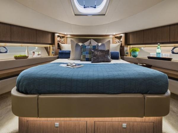 2020 Sea Ray boat for sale, model of the boat is Fly 510 & Image # 21 of 23