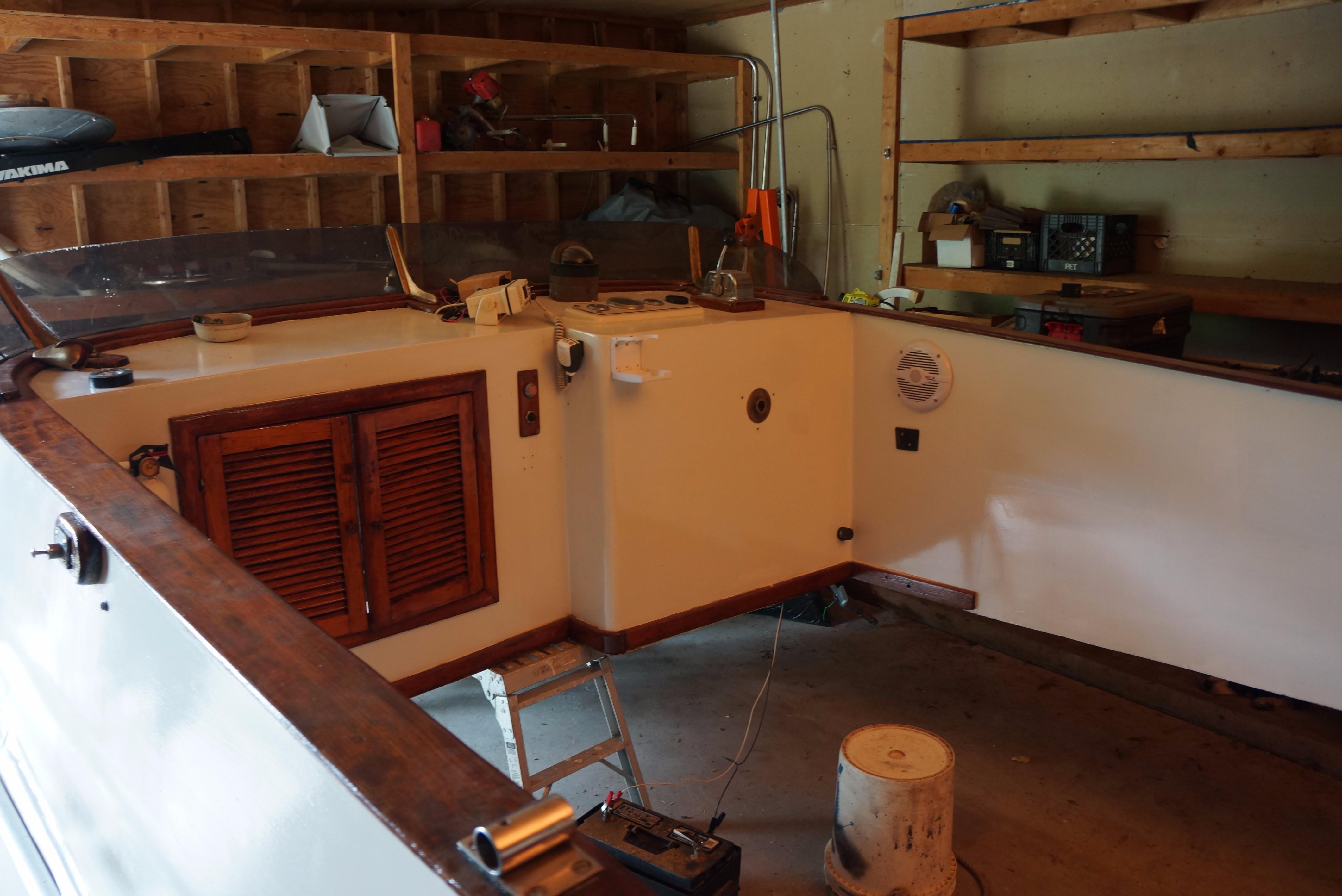 Marine Trader 34 Double Cabin - 34 Marine Trader Flybridge 2