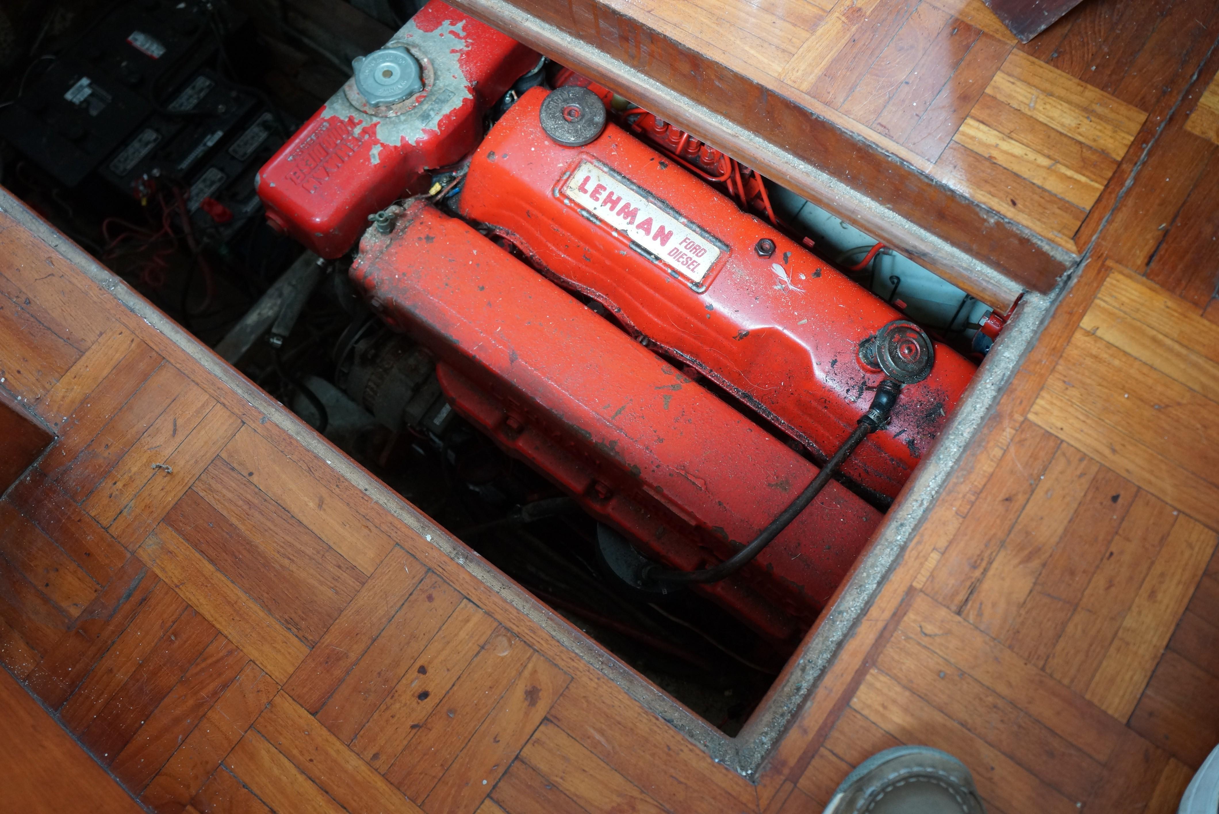 Marine Trader 34 Double Cabin - 34 Marine Trader Ford Lehman Diesel Engine
