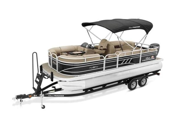 2020 Sun Tracker boat for sale, model of the boat is PARTY BARGE® 22 RF DLX & Image # 10 of 56