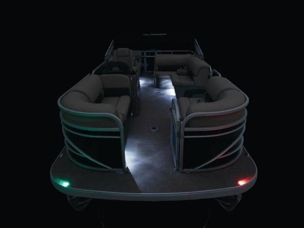 2020 Sun Tracker boat for sale, model of the boat is PARTY BARGE® 22 RF DLX & Image # 13 of 56