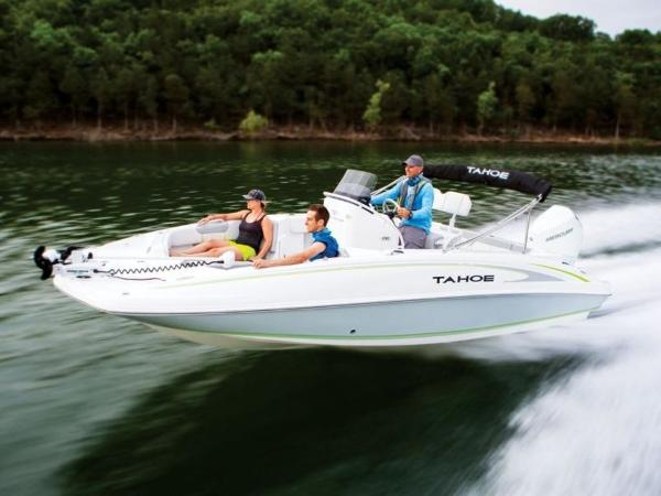 2018 Tahoe boat for sale, model of the boat is 2150 CC & Image # 5 of 77