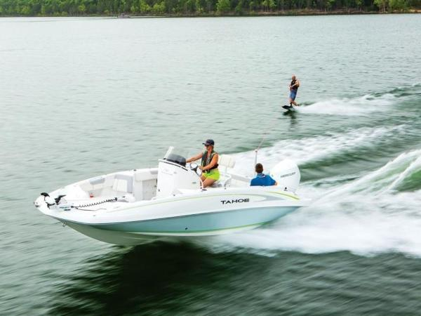 2018 Tahoe boat for sale, model of the boat is 2150 CC & Image # 7 of 77
