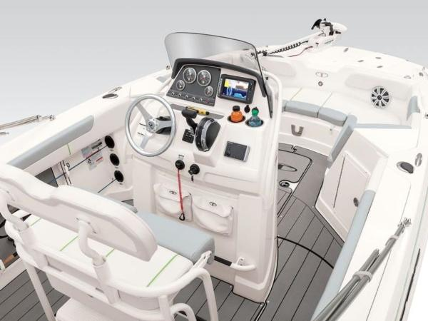 2018 Tahoe boat for sale, model of the boat is 2150 CC & Image # 42 of 77