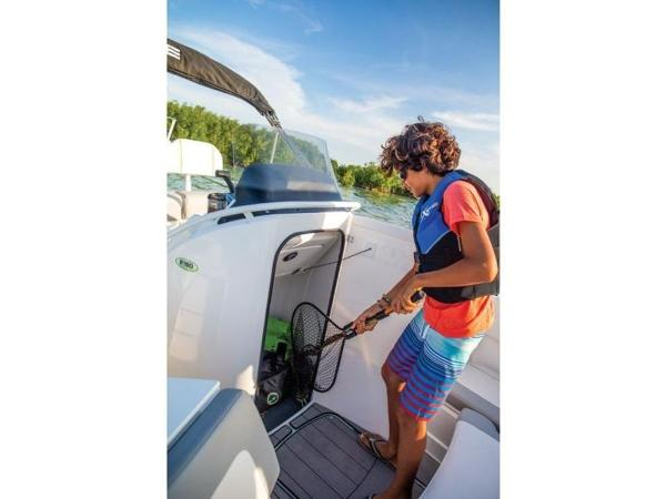 2018 Tahoe boat for sale, model of the boat is 2150 CC & Image # 68 of 77