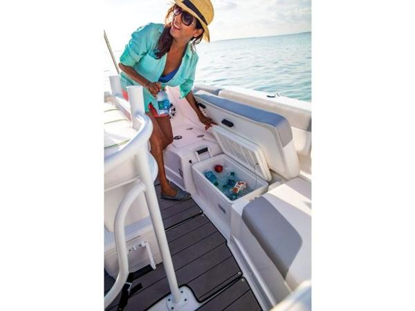 2018 Tahoe boat for sale, model of the boat is 2150 CC & Image # 74 of 77