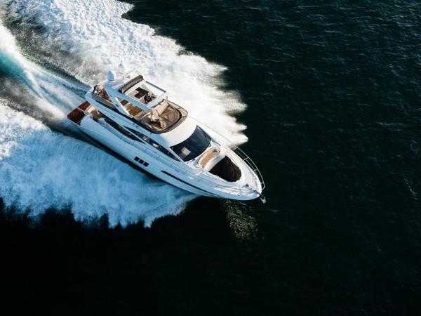 2020 Sea Ray boat for sale, model of the boat is L590 Fly & Image # 3 of 66