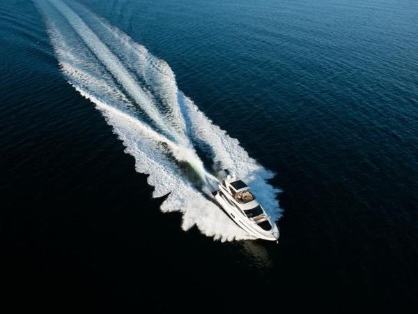 2020 Sea Ray boat for sale, model of the boat is L590 Fly & Image # 7 of 66