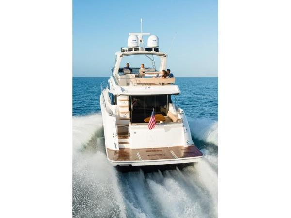 2020 Sea Ray boat for sale, model of the boat is L590 Fly & Image # 8 of 66
