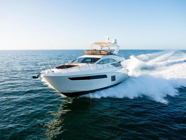 2020 Sea Ray boat for sale, model of the boat is L590 Fly & Image # 17 of 66