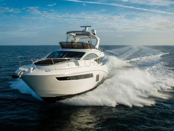 2020 Sea Ray boat for sale, model of the boat is L590 Fly & Image # 20 of 66