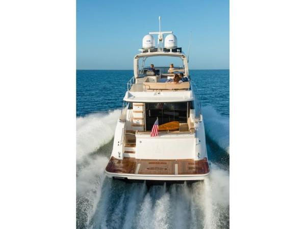 2020 Sea Ray boat for sale, model of the boat is L590 Fly & Image # 25 of 66