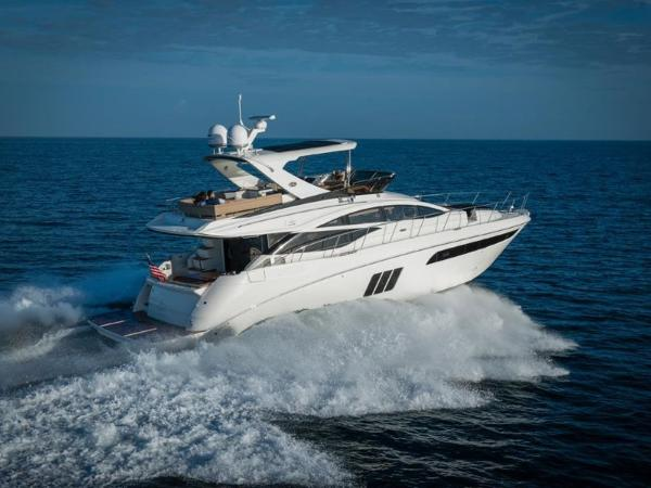 2020 Sea Ray boat for sale, model of the boat is L590 Fly & Image # 26 of 66