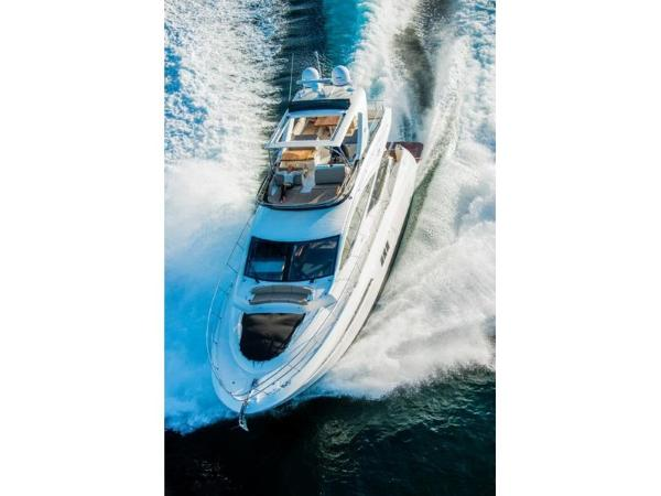 2020 Sea Ray boat for sale, model of the boat is L590 Fly & Image # 27 of 66