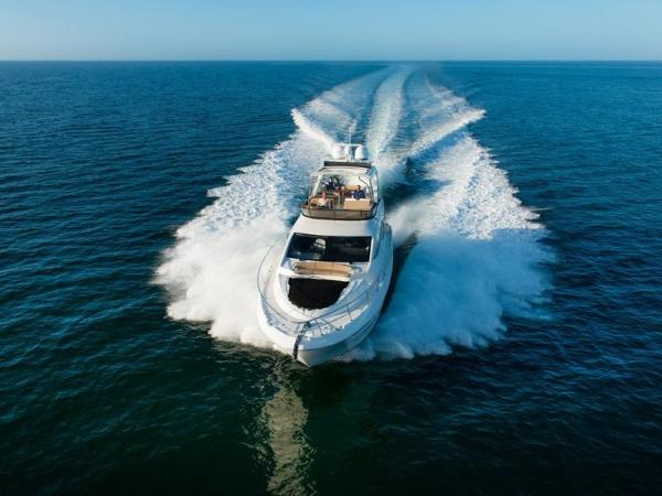 2020 Sea Ray boat for sale, model of the boat is L590 Fly & Image # 32 of 66