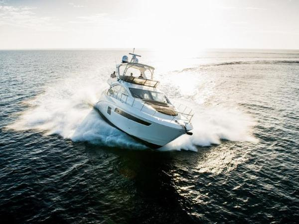 2020 Sea Ray boat for sale, model of the boat is L590 Fly & Image # 37 of 66