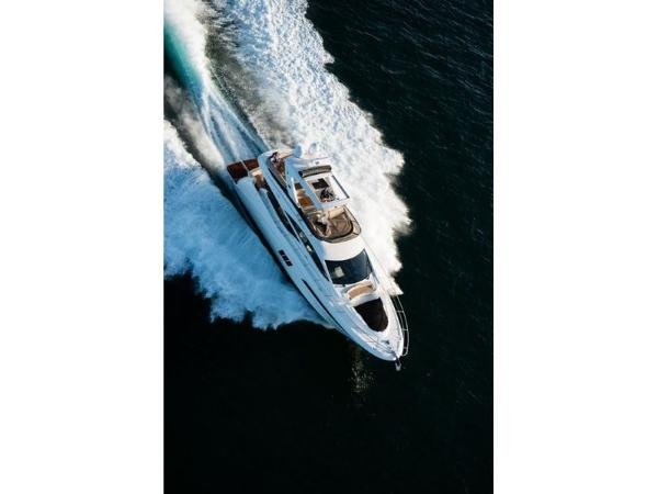 2020 Sea Ray boat for sale, model of the boat is L590 Fly & Image # 42 of 66