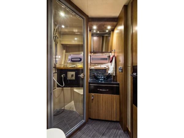 2020 Sea Ray boat for sale, model of the boat is L590 Fly & Image # 43 of 66