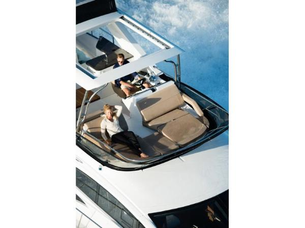 2020 Sea Ray boat for sale, model of the boat is L590 Fly & Image # 53 of 66