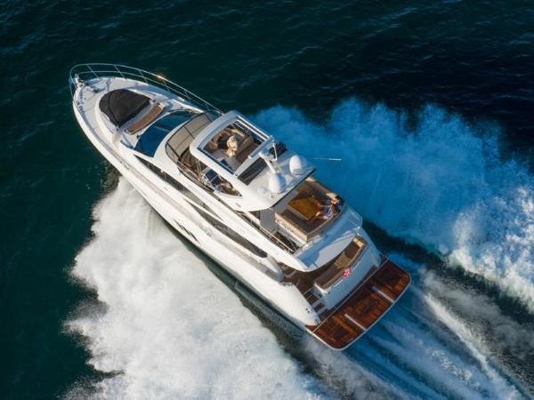 2020 Sea Ray boat for sale, model of the boat is L590 Fly & Image # 63 of 66