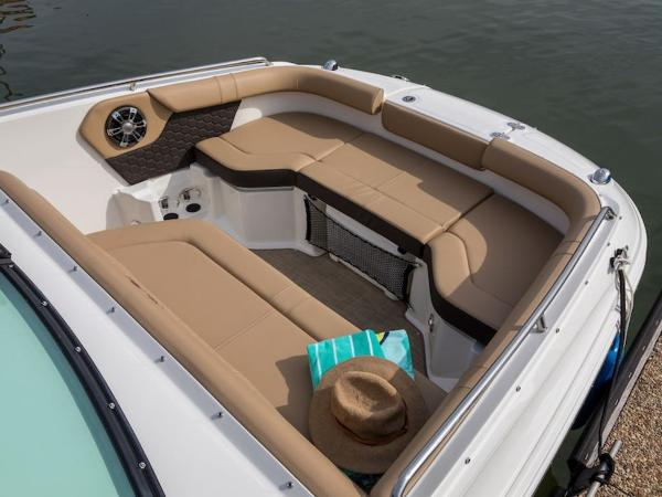 2020 Sea Ray boat for sale, model of the boat is SDX 250 & Image # 18 of 19