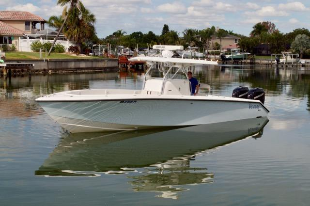 Venture Pontoon Boat Models | Avalon Pontoon Boats