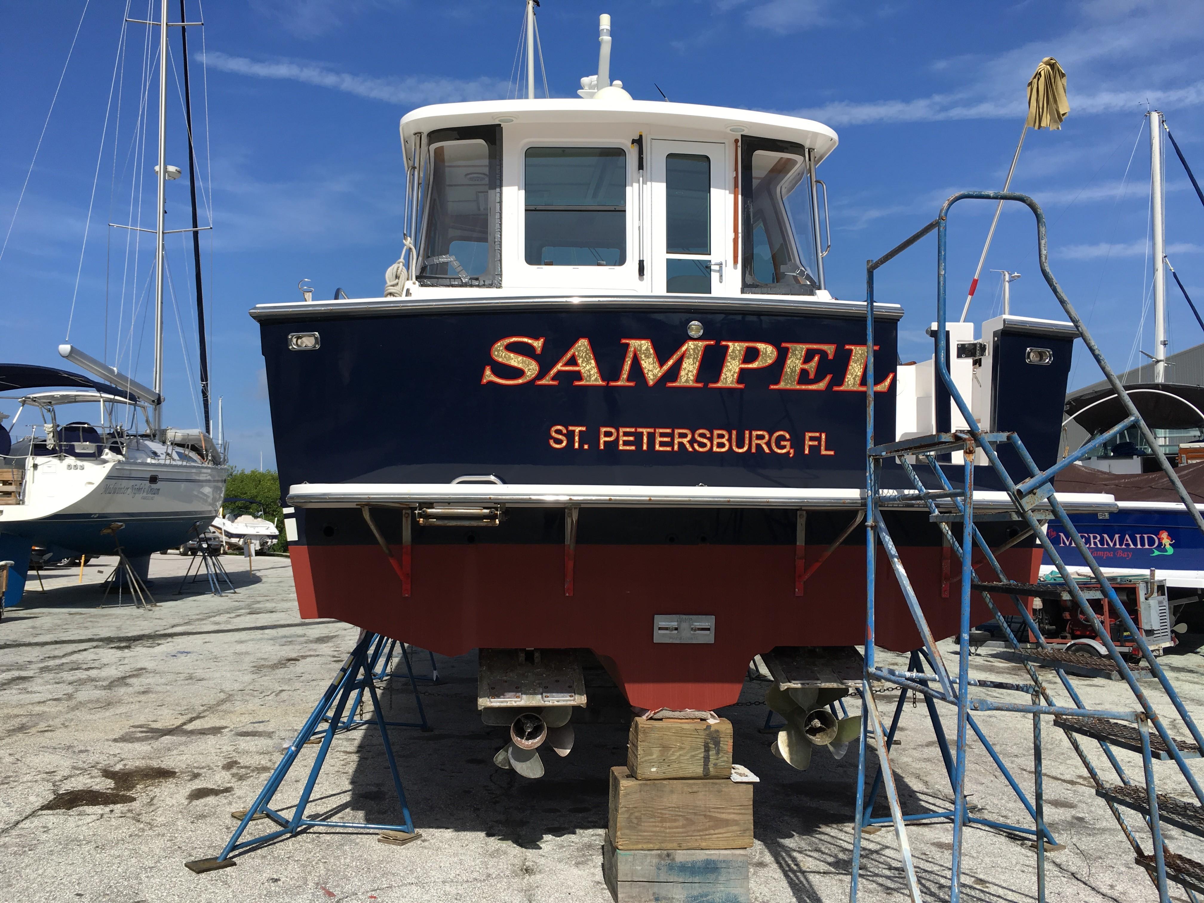 42 ft Sabre 42 Hard Top Express   Executive Yacht Canada