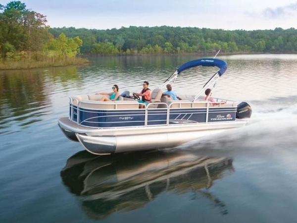 2020 Sun Tracker boat for sale, model of the boat is PARTY BARGE® 22 RF XP3 & Image # 1 of 63
